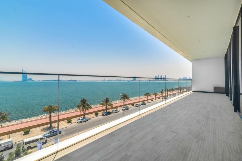 Beach Villas for Sale in Dubai